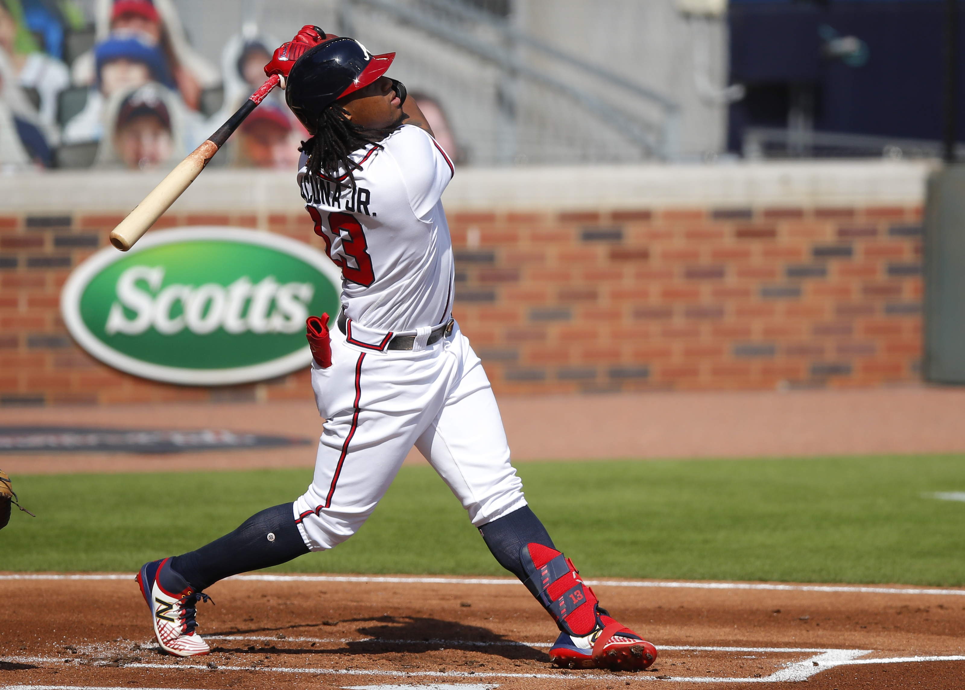 Atlanta Braves: Ronald Acuna Jr. eyeing Rickey Henderson
