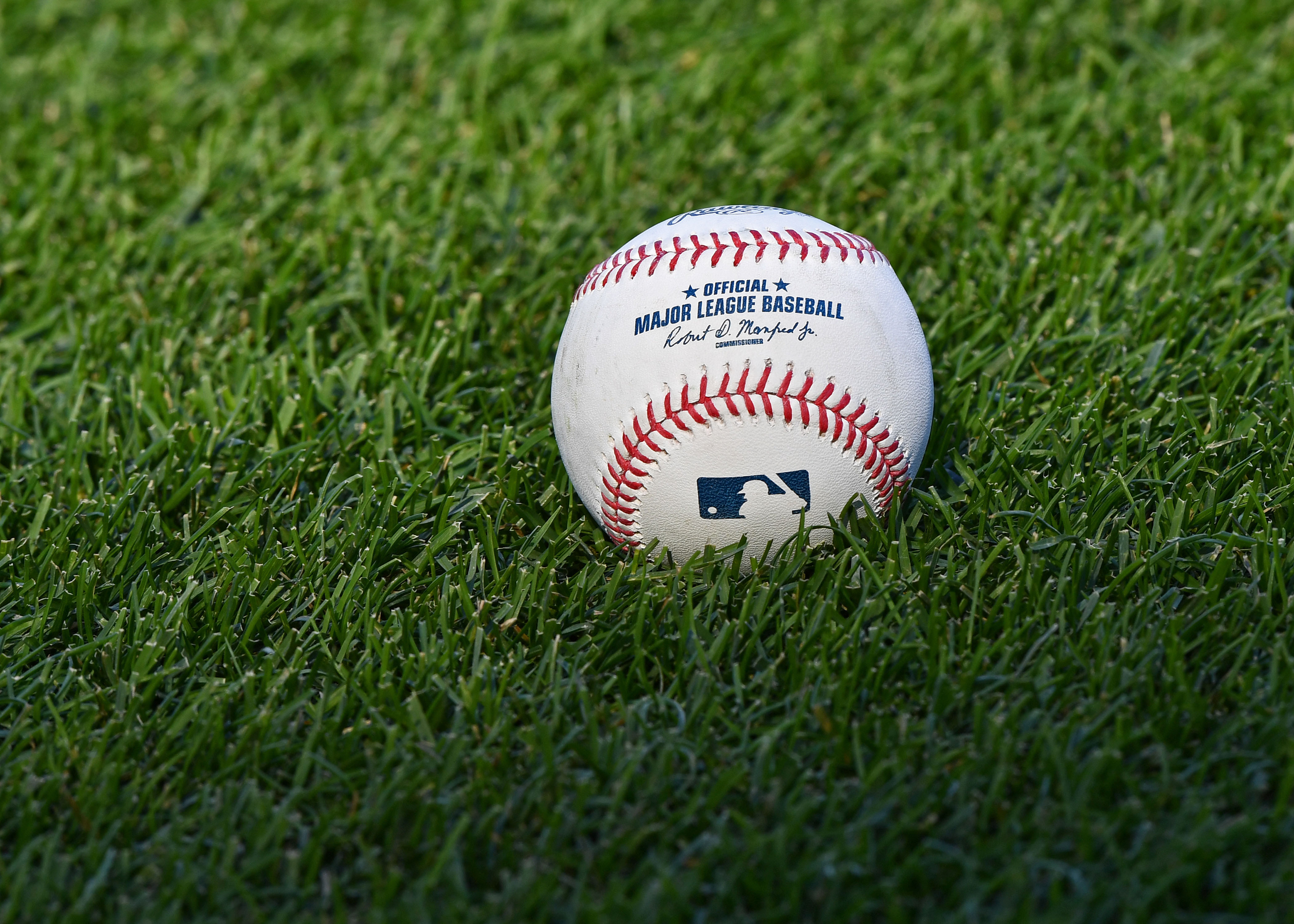 Comparing Projected MLB Standings From FanGraphs and PECOTA